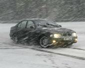 ГИБДД Калмыкии рекомендует водителям «переобуть» автомобили